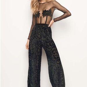 VICTORIA'S SECRET jumpsuit open back sheer pants L